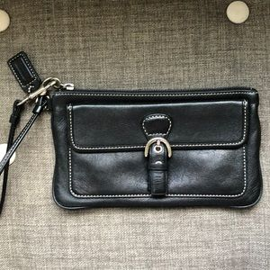 COACH Legacy Leather Wristlet - fits iPhone 8